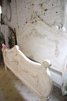 17 spectacular shabby chic bedroom designs that you 39 re gonna love gr nderzeit wohnraum und betten. Black Bedroom Furniture Sets. Home Design Ideas