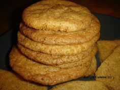 Betty's Cuisine: Μπισκότα κανέλας Greek Cookies, Greek Recipes, Food And Drink, Favorite Recipes, Bread, Greek Beauty, Lifestyle, Kitchens, Children