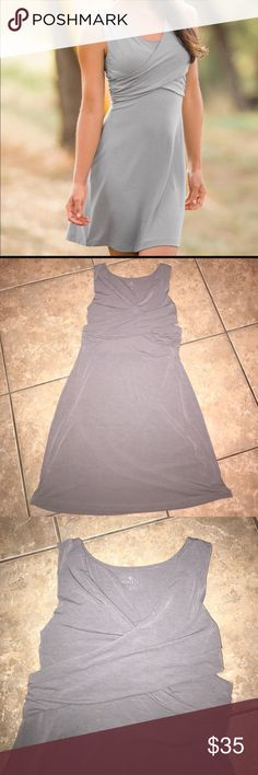 Athleta | criss cross dress In excellent condition no flaws. Size medium Athleta Dresses