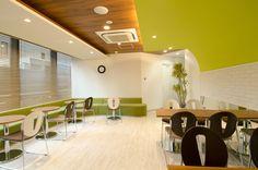 神田オフィス【東京】のオフィスデザイン事例を手がけた店舗デザインラボ。【オフィスデザイナーズ】