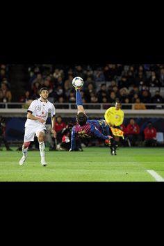 Messi... bicycle kick.