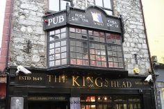 loved this pub in Galway. they have great live music on the weekends.