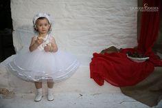 Φωτογραφία βάπτισης Αθήνα   www.studio-dedes.gr Girls Dresses, Flower Girl Dresses, Wedding Dresses, Fashion, Moda, Dresses For Girls, Bridal Dresses, Alon Livne Wedding Dresses, Fashion Styles