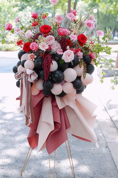 Balloon Arrangements, Funeral Arrangements, Balloon Decorations, Flower Decorations, Flower Arrangements, Deco Ballon, Balloon Stands, Large Balloons, Flower Boutique