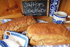 Saftiges Vollkornbrot, ein tolles Rezept mit Bild aus der Kategorie Brot und Brötchen. 1.788 Bewertungen: Ø 4,8. Tags: Backen, Brot oder Brötchen, Vollwert