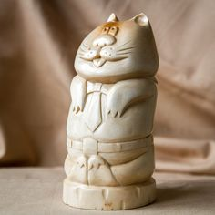 Wooden Cat Statue, Wooden Cat Figurine, Wood Carving, Hand Carved, Funny Cat Figurine by UkrainianWoodsCarvin on Etsy https://www.etsy.com/listing/251433702/wooden-cat-statue-wooden-cat-figurine