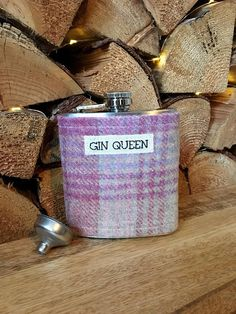 Gin Queen Ladies Tweed Hip Flask - Gin Drinker Gift - Gin Lover Gift - Christmas Gift for Her - Christmas Gift for Friend - Gin Gift Christmas Gifts For Friends, Gifts For Mum, All Things Christmas, Gift For Lover, Gin Gifts, Gin Lovers, Beautiful Gifts, Inspirational Gifts