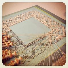 Bobbin lace - call me crazy, but I so want to learn how to do this! Antique Lace, Vintage Lace, Romanian Lace, Bobbin Lacemaking, Bobbin Lace Patterns, Pearl And Lace, Tatting Lace, Linens And Lace, Heirloom Sewing