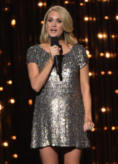 Mom-to-Be Carrie Underwood Is Glowing at the CMAs