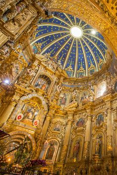 The church of San Francisco's gilded interior in Quito, Ecuador. Photo by Philip Lee Harvey. #quito #ecuador #church