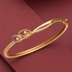 New Gold Jewellery Designs, Gold Ring Designs, Gold Bangles Design, Fancy Jewellery, Jewelry Design Earrings, Gold Earrings Designs, Gold Bracelet For Women, Gold Jewelry Simple, Rest