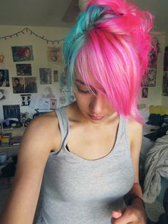 Half-and-half hair: blue and pink