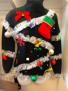 Christmas Tree Ugly Sweater, Ugly Sweater Party, Christmas Bows, Christmas Ideas, Christmas Time, Christmas Crafts, Christmas Clothes, Office Christmas, Christmas Costumes