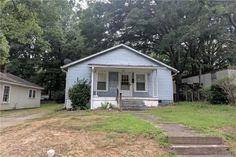 229 E Catawba Ave, Mooresville, NC 28115