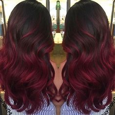 You can never go wrong with ombre hair when you're looking to give yourself a complete makeover. Take your hair on a wild adventure with these sassy ombre hair ideas. Red Balayage Hair Burgundy, Red Burgundy Hair Color, Red Ombre Hair, Balayage Hair Blonde, Brown Hair Colors, Red Color, Red Balyage, Ombre Burgundy, Ombre Color