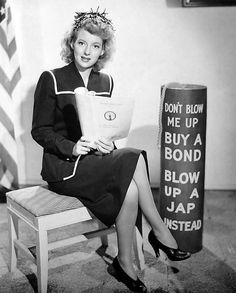 Evelyn Keyes, Hollywood Canteen