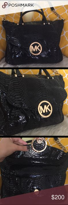 """🌸OFFERS?🌸Michael Kors Snake Embossed Satchel 💕Authentic💕Excellent shape. Minimal sign of use only. Beautiful satchel features zip top closure, 5 pockets inside, detachable strap, front and back snap pockets and a beautiful gold hardware. Spacious inside great as school/work/travel bag. Don't be shy to make an offer💕 Dimensions: L15"""" H11"""" Bottom W4"""" Handle Drop5"""" Michael Kors Bags Satchels"""