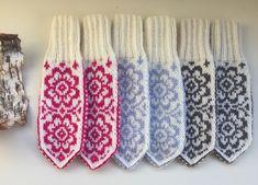 Knit Mittens, Knitting Socks, Barn, Crochet, Handmade, Fashion, Knit Socks, Moda, Converted Barn