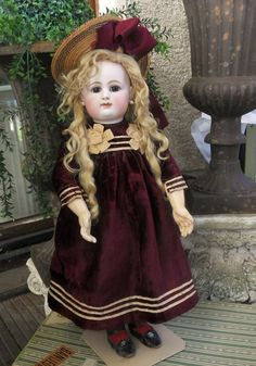 Beautiful French Bisque Bebe by Rabery et Delphieu (item #1330546, detailed views)