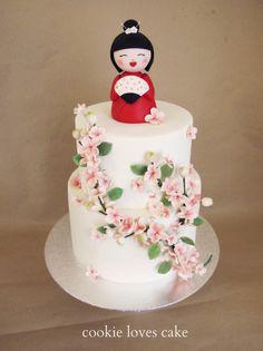 Japanese cherry blossom kokeshi doll cake I Love the Kokeshi doll!