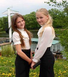 Per noi aiutare è ringraziarle della bella foto in divisa scolastica che hanno mandato da Tambov ma anche ricordargli di portare qui la pagella a giugno...per te? http://www.wishgate.org/#!aiutaci/c22y4