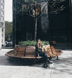 #fbf to a perfect day in the city. Wishing I was still there! #ootd #ootdguide #newyork #nyc #newyorkcity #fashion #instafashion #love #cute #instagood #instamood #fashionista #fashionblogger #fashioneditorial #editorial #picoftheday #travel #wanderlust #traveller #adventure #adventurer #instatravel #instalove #abercrombie #forever21 #travelblogger #perfect by abby.shatrau