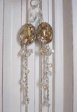 Photo: Boucles d'oreilles dormeuses en argent 925 cristal Swarovski golden Shadow magnifique serti ouvragés disponible dans mes boutiques www.alittlemarket.com/boutique/LilasBee fr.dawanda.com/shop/LilasBee