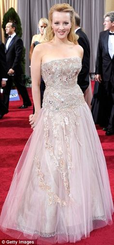 Bridesmaids star Wendi McLendon-Covey opted for a fairy-tale dusted pink gown
