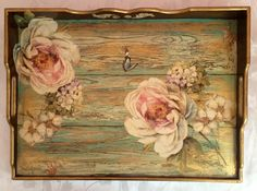 Decor Crafts, Diy And Crafts, Pallet Tray, Arte Country, French Country, Vintage Postcards, Painting On Wood, Chalk Paint, Decorative Items