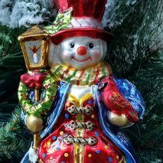 I just love this sweet snowman and his vivid colors. #glassornaments #polishornaments #christmas #christmasornaments #oldworldchristmas #instachristmas #snowman #vintagetreasures