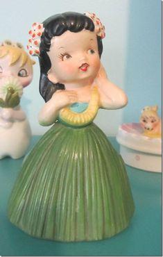 Hawaiian knick knacks (sadly not this 1959 Holt Howard Hawaiian Hula Girl)