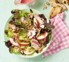 Feestelijke lentesalade met gerookte kip - Recept - Jumbo Supermarkten