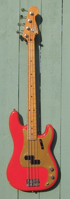 7 - 14 - 1987 USA Fender Vintage '57 Precision Bass in RARE Fiesta Red