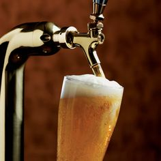 Who else thinks beer is better on tap than it does from the bottle? if you agree, try one (or many) of Thirsty Buffalo's 30 draught beers!