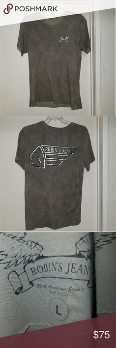 EUC - Robin's Jean Men's Tee w/ Gold & Silver Logo EUC - Robin's Jean men's tee shirt in grey with large gold and silver Indian on back, small signature wings on front. Great condition, neck slightly stretched. Robin's Jean Shirts Tees - Short Sleeve