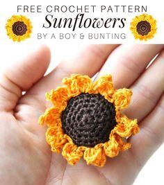 Crochet Keyring Free Pattern, Crochet Applique Patterns Free, Crochet Earrings Pattern, Crochet Bookmarks, All Free Crochet, Tutorial Crochet, Crochet Sunflower, Crochet Flowers, Sunflower Pattern