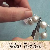 VIDEO TECNICA - HobbyPerline.com - Il negozio per la bigiotteria Fai da Te Metal Jewelry, Diy Jewelry, Photo Pattern, New Hobbies, Diy And Crafts, Videos, Flora, Pearl Earrings, Wire