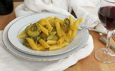 Penne rigate zucchine e zafferano Pasta E Fagioli, Fusilli, Penne, Cantaloupe, Carrots, Food And Drink, Fruit, Vegetables, Cooking