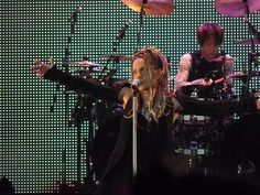 Hyde and Yukihiro - L'Arc en Ciel live at Madison Square Garden NYC