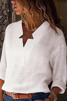 sexy v neck pure color blouses Source by Blouses Fashion Moda, Star Fashion, Casual T Shirts, Casual Outfits, Loose Shirts, Blouse Online, Mode Outfits, Blouse Styles, Mode Style