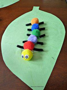 Cute caterpillar craft. A super easy art project for kids.