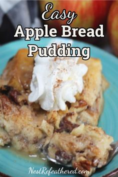 Apple Bread Pudding Easy and economical. This caramel Apple Bread Pudding is . - Cakes for all Occasions - Apple Bread Pudding Easy and economical. This caramel Apple Bread Pudding is creamy and spicy, w - Pudding Desserts, Apple Desserts, Apple Recipes, Fun Desserts, Delicious Desserts, Dip Recipes, Sweet Recipes, Dessert Recipes, Bread Pudding Sauce