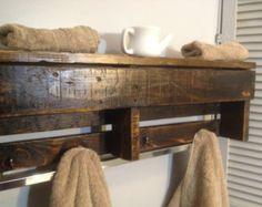 towel rack pallet repurpose