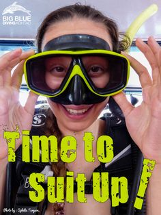 Learning to scuba dive. Learn To Scuba Dive, Snorkel Mask, Scuba Girl, Snorkelling, Underwater World, Marine Life, Scuba Diving, Burns, Surfing