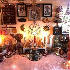 Are you wondering how to set up a witch's altar? We've got you covered with our 7 top tips for beginner witches who want to set up their own powerful witchy altar. Click the link to find out more. #wiccanaltar