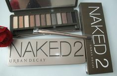 Want this naked urban decay eyeshadow kit so bad♡ as seen on youtube by ciaoobelllaxo!! :)