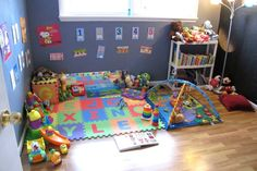 Peaceful Parenting: Infant and Young Toddler Montessori: Part One