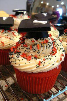 Graduation cupcakes 2 by tburwinkle, via Flickr