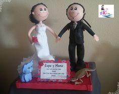 Muñecos fofuchos novios personalizados hechos especialmente para Espe y Manu/Personalized Fofucho dolls just married specially made for Espe and Manu