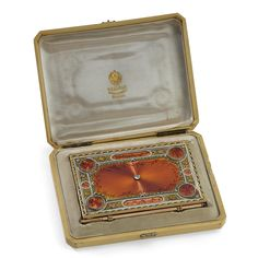 A Fabergé jewelled vari-coloured gold and guilloché enamel carnet, Workmaster Michael Perchin, St. Petersburg, 1899-1903   Lot   Sotheby's